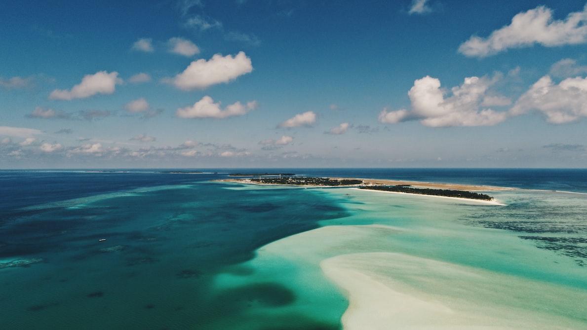 Fulhadhoo Island beach