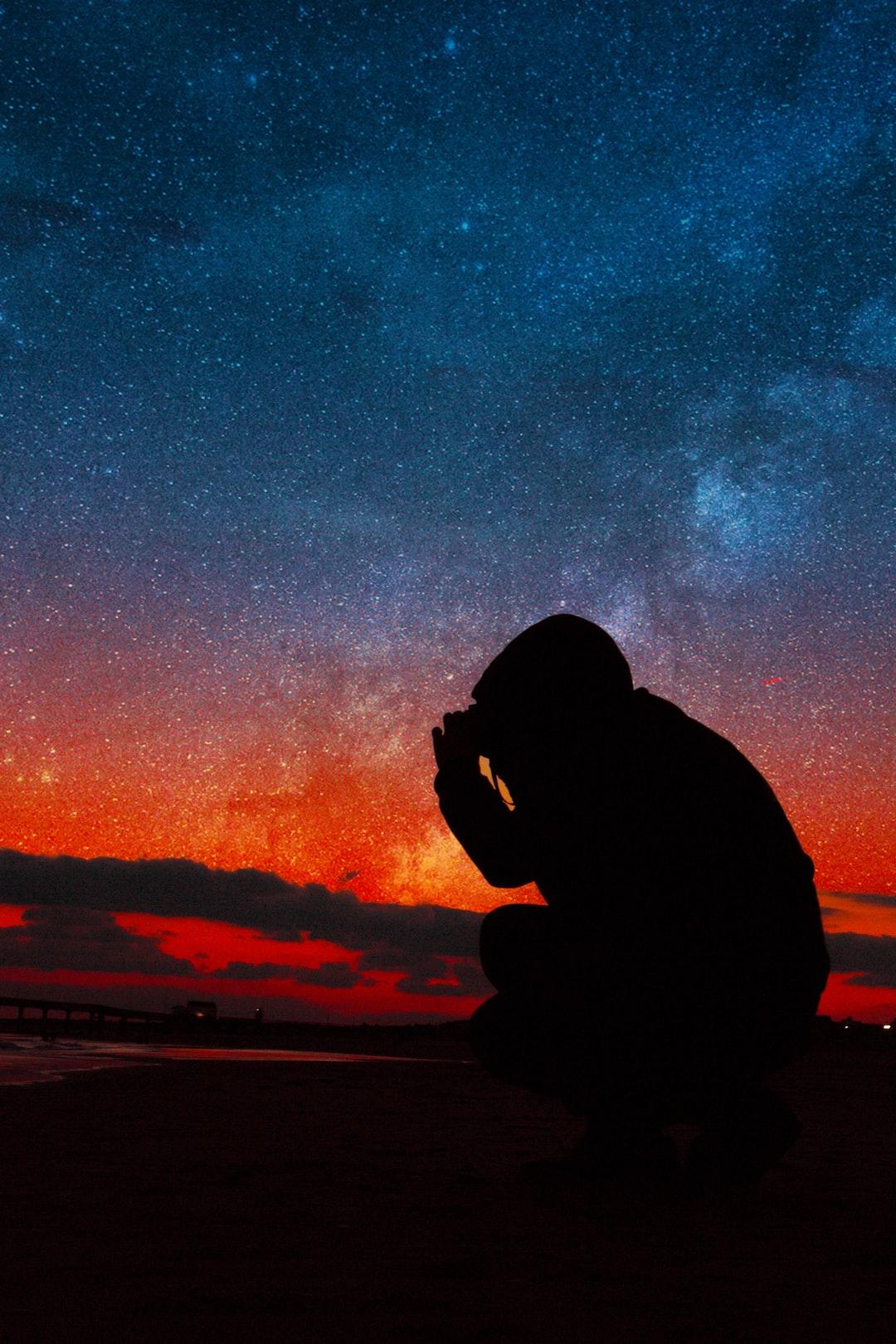 wandering alone at night - HD1600×1200