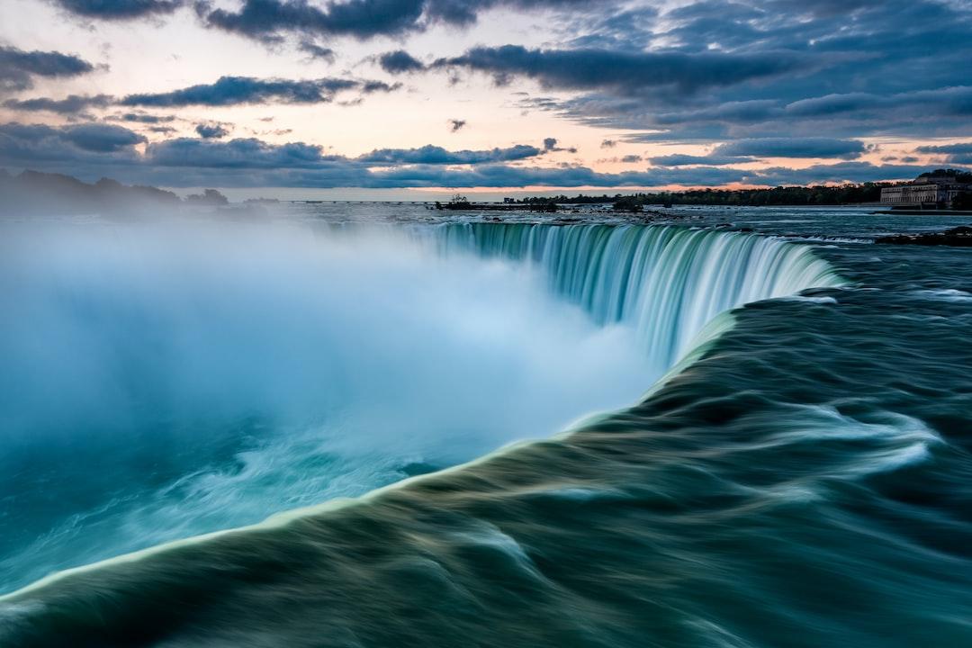 Niagara Falls on sunrise