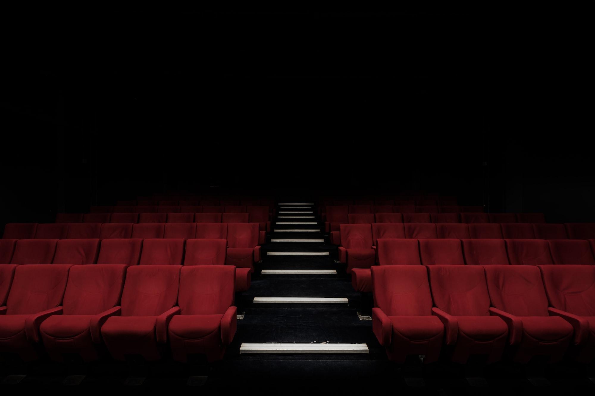 Актрису Джине Карано уволили за консервативные посты