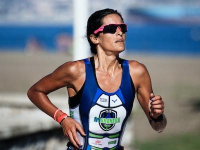 Gli atleti con la mascherina rischiano la mancanza di ossigeno