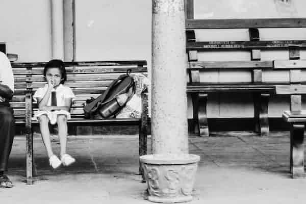 """""""היר-הורים"""": מחשבות על הורות ממשית בעולם וירטואלי"""