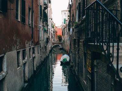 Italia spinge per i Coronabond