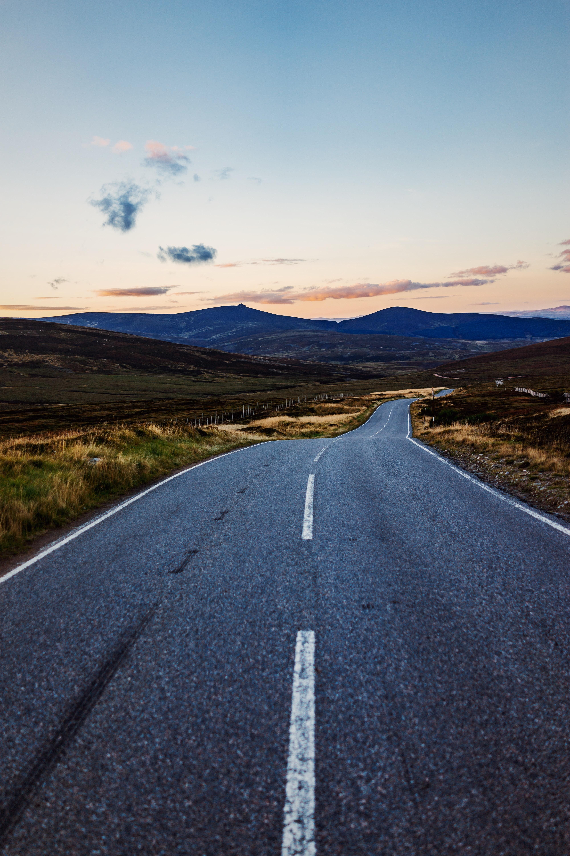 empty road towards mountain