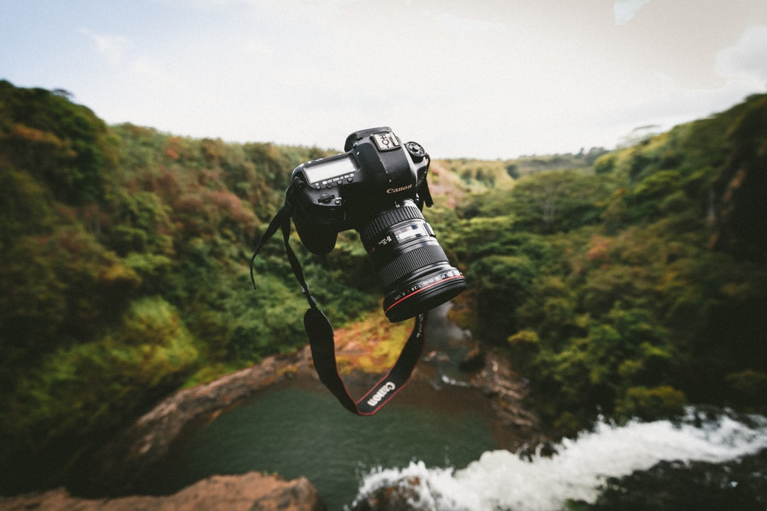 Floating Canon Lens