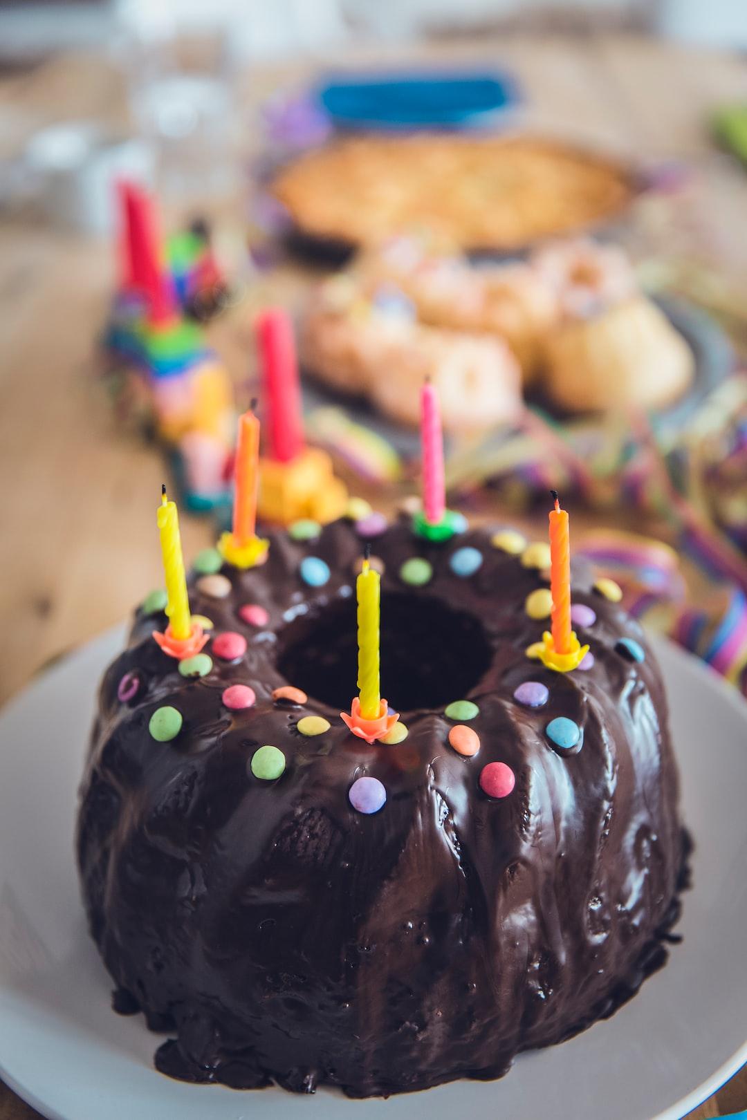 Birthday bundt cake