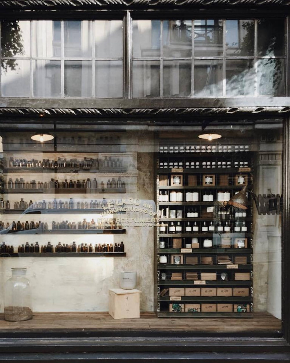 photo of Le Laro store