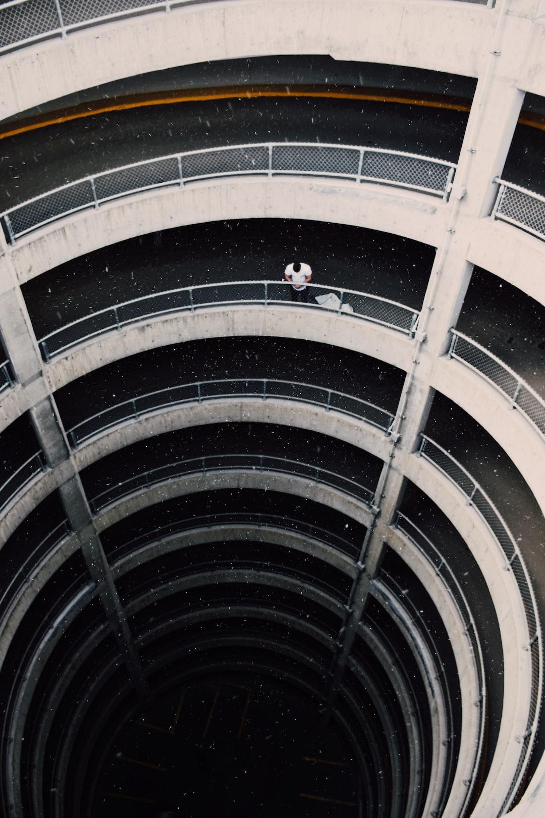Spiraling Building