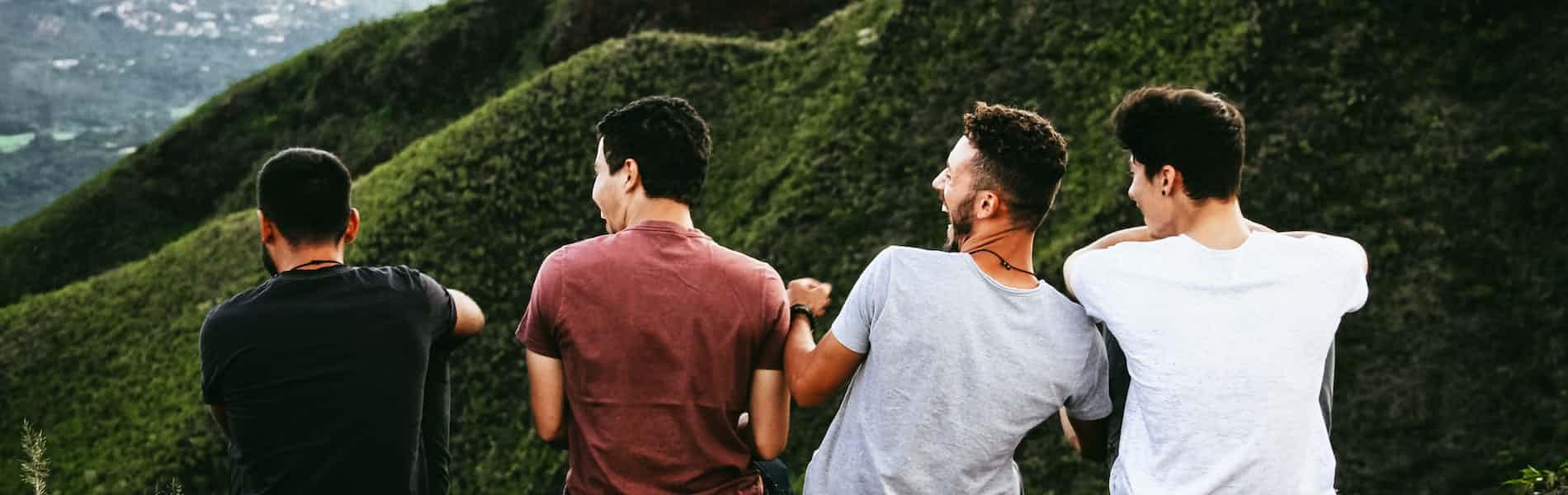 גברים מדברים אלימות: עזרה נפשית לגברים הנוהגים באלימות בזוגיות / יאיר אפטר