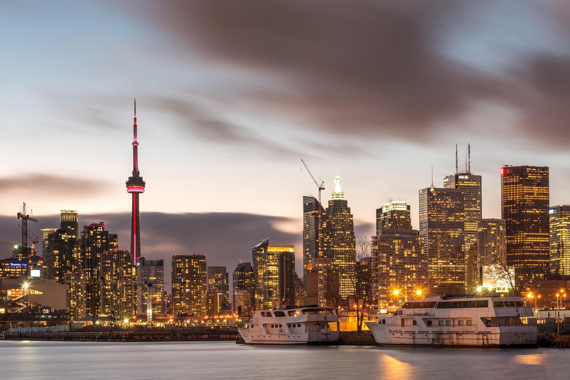 加拿大人为何越穷越要买房?