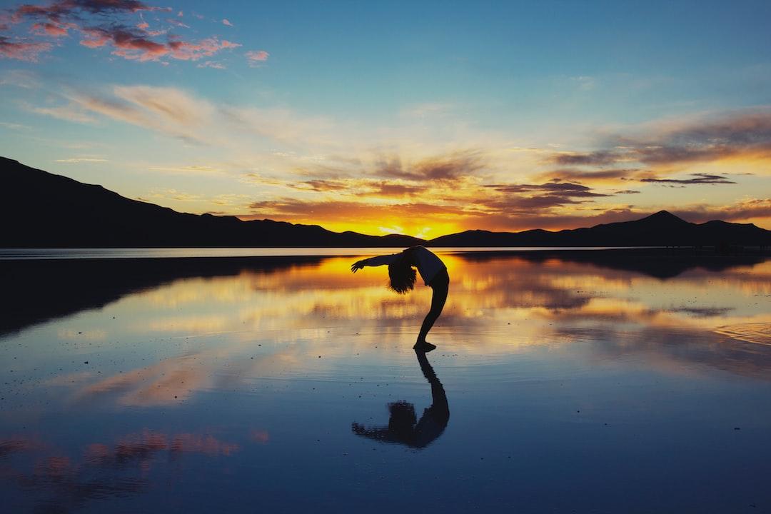 Yoga Uyuni Salt Flat