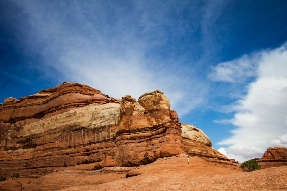 Hiking near the mountains of desert canyons in Utah