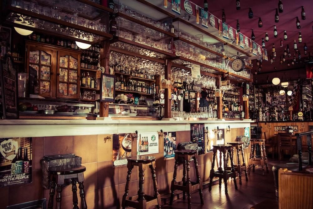 100+ Pub Pictures | Download Free Images on Unsplash