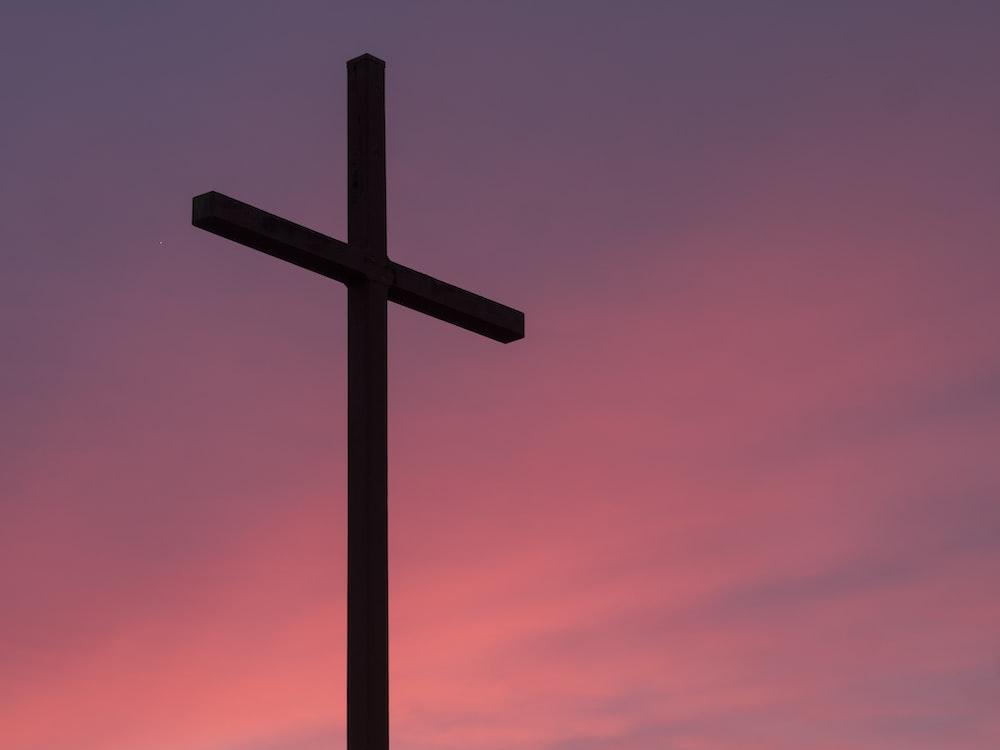 cross and sunset photo by aaron burden aaronburden on unsplash