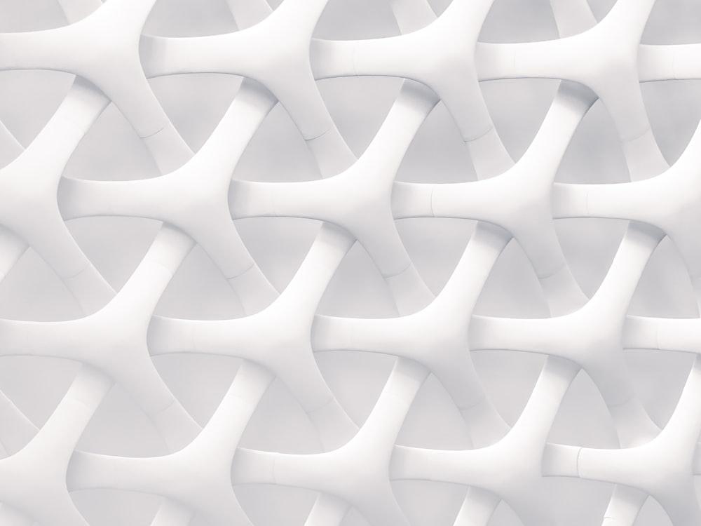 white and gray optical illusion