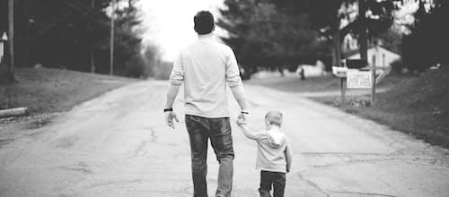 התערבות מוקדמת בבעיות התנהגות בגיל הרך: תכנית התקשרות להכשרת הורים