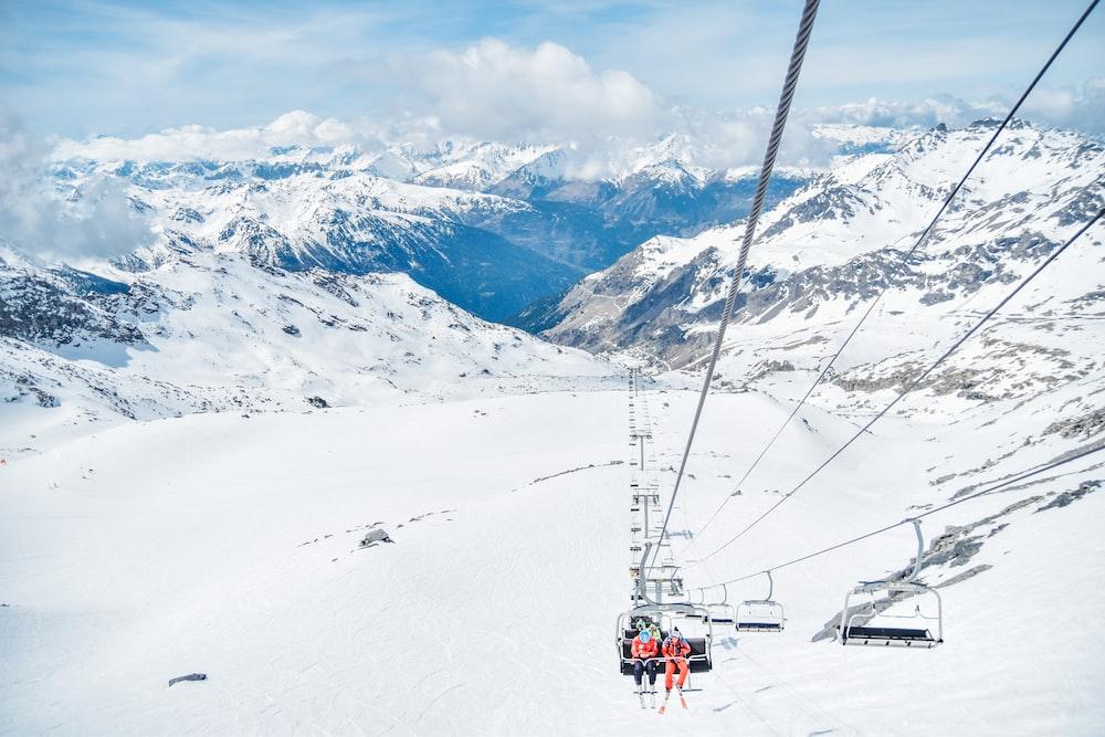 snow mountains during daytime