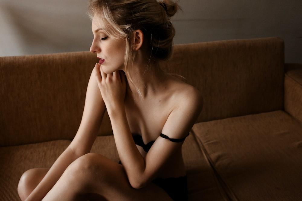 nude-wife-womantures