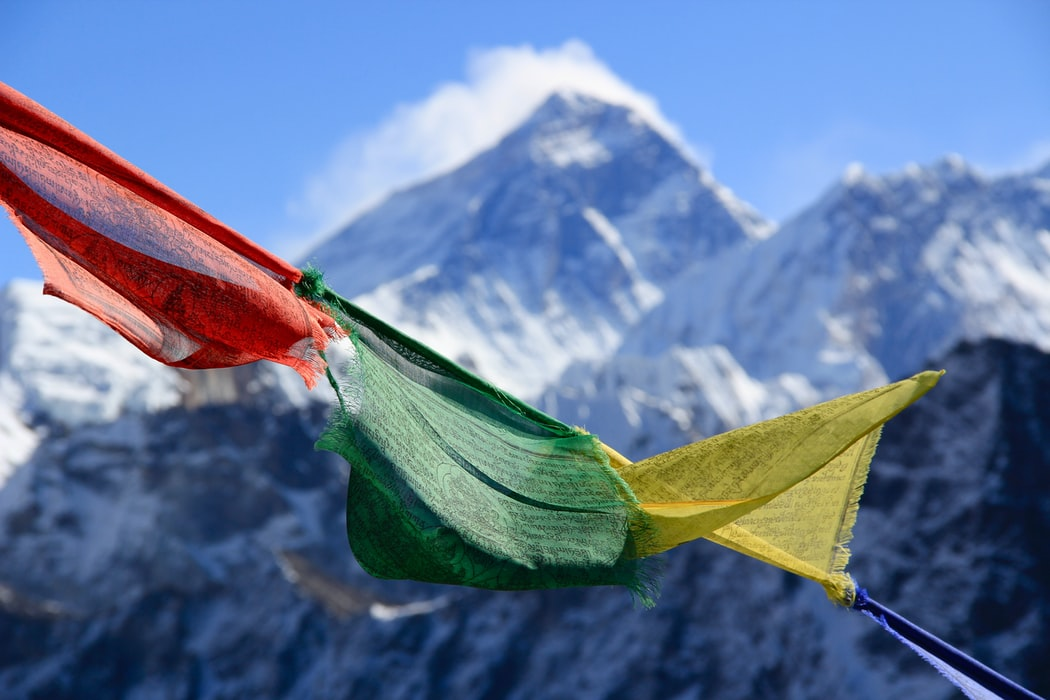breathtaking view of Mount everest from Sandaphu trek