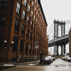 Manhattan through Dumbo
