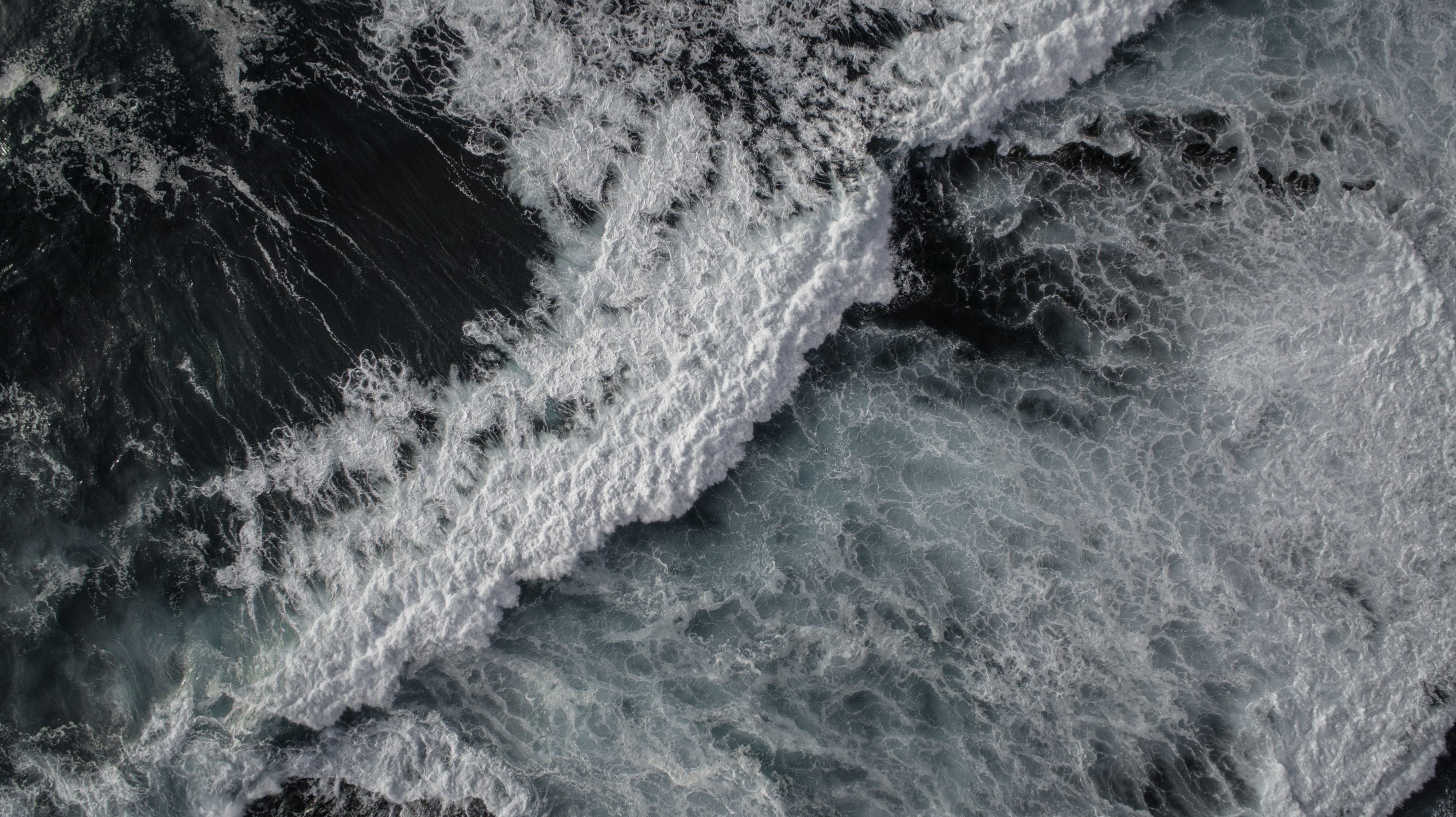 Drone view of ocean wave at Children's Pool Beach