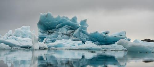 ריקוד הקרחונים: טיפול זוגי חווייתי לפי מודל סאטיר