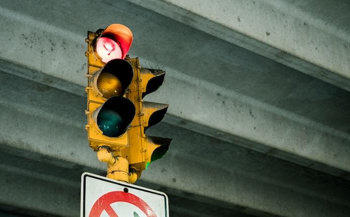 road stop light