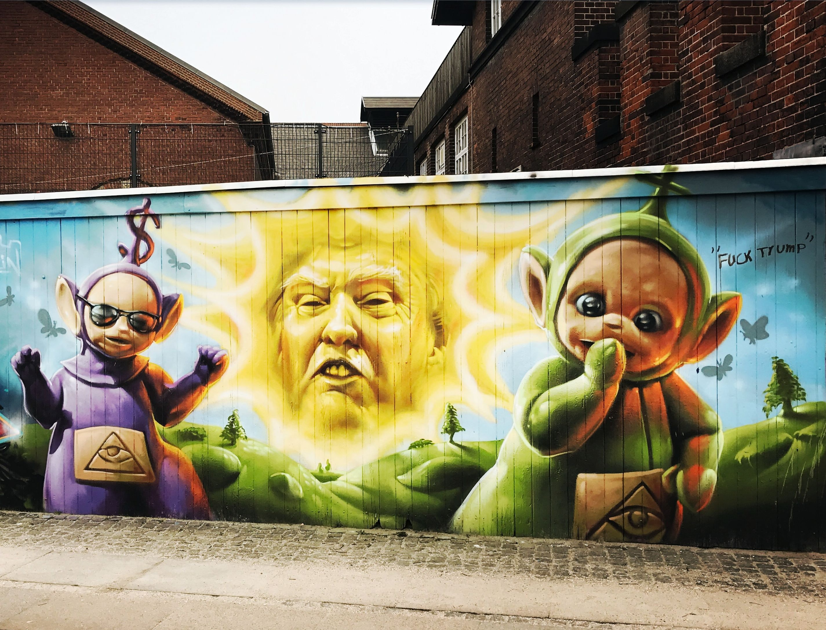 Funny graffiti of the Teletubbies.