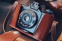 closeup photo of black DSLR camera
