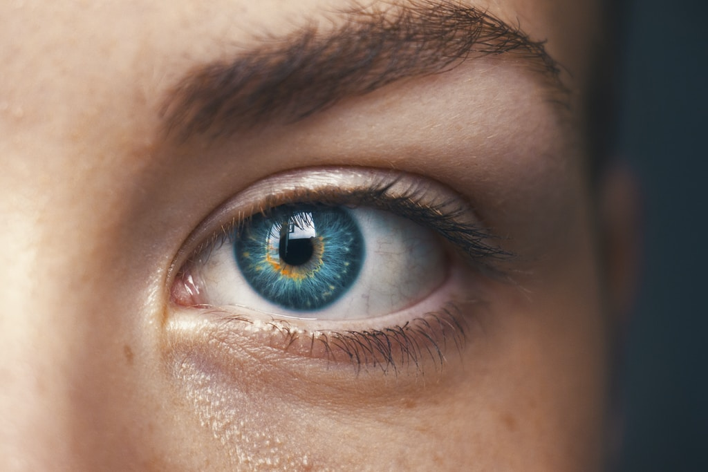 selective focus of blue-eyed person