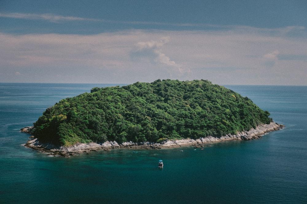 bird's eye view photo of island