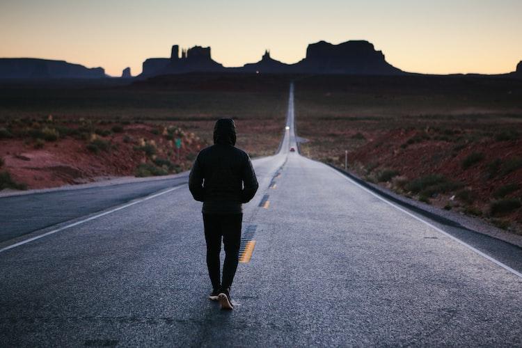 歩く瞑想とは マインドフルネス