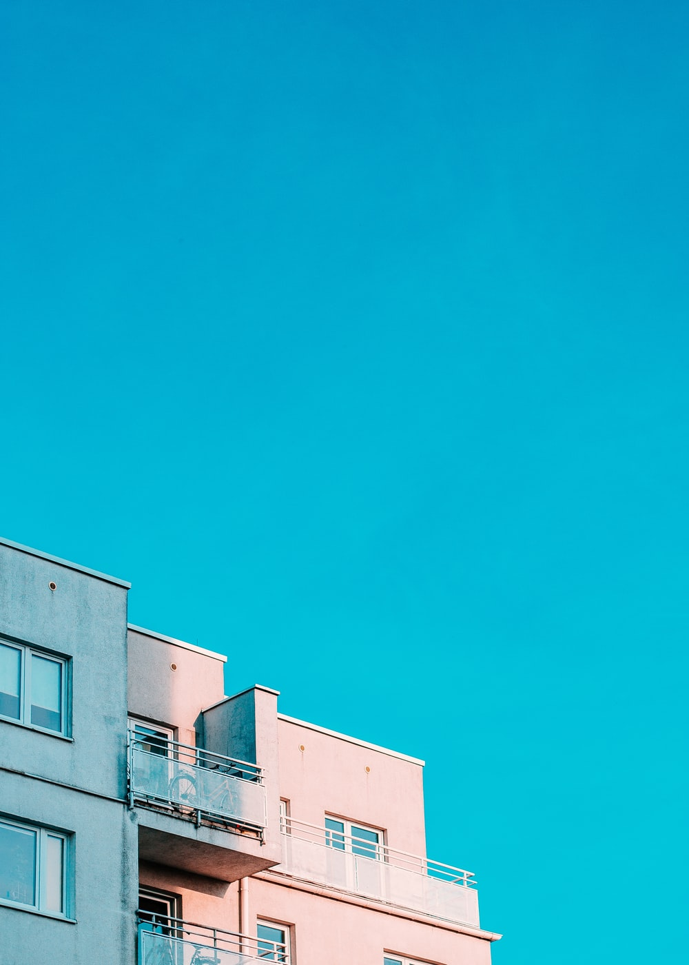 white structure under blue sky