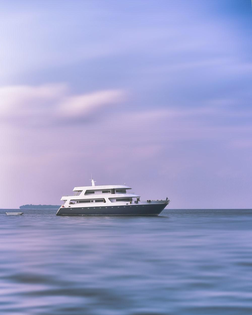 white and gray yacht