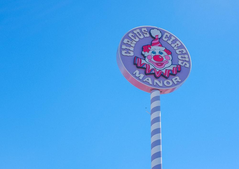 Circus Manor signage