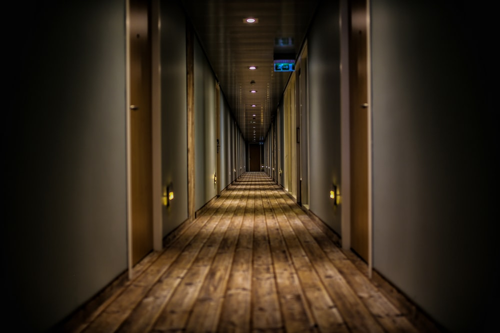hallway pictures download free images on unsplash