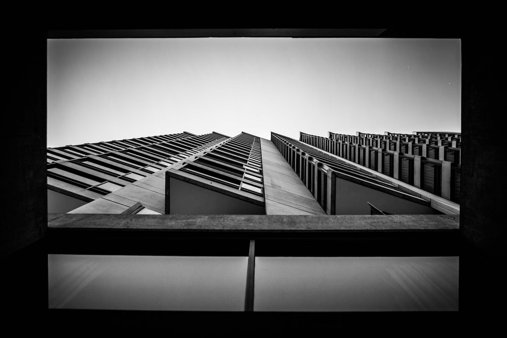 worm's eyeview of multi-storey building