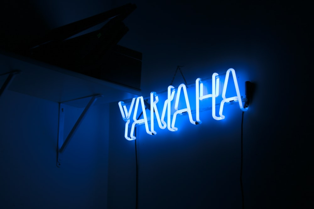 Yamaha neon light signage in the dark