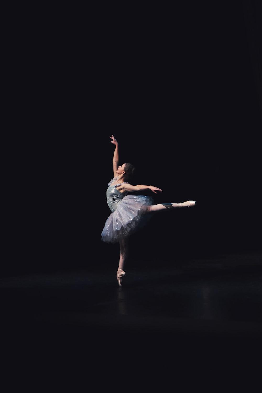 photography of dancing ballerina