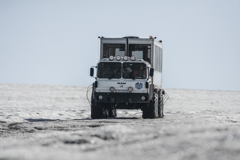 美国智能拖拉机公司(ATC)发布新一代智能驾驶拖拉机