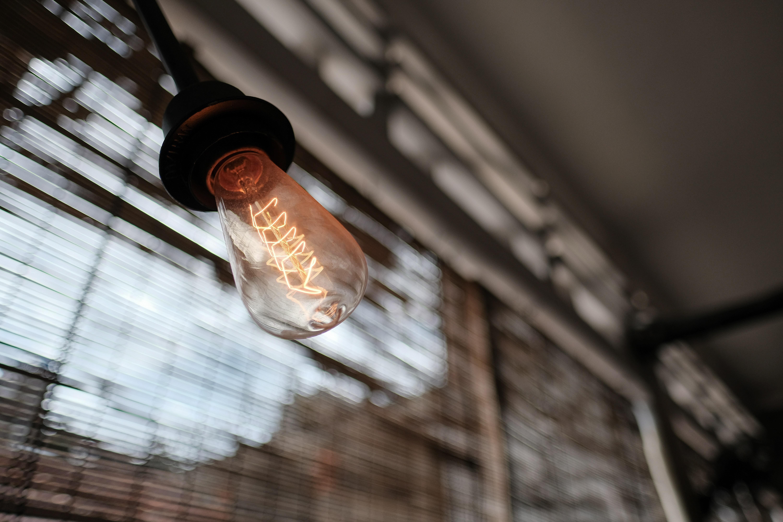 shallow focus photo of light bulb