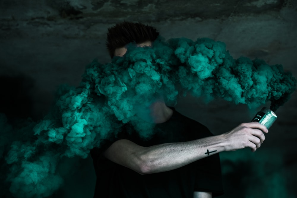 750 Smoke Bomb Pictures Download Free Images On Unsplash