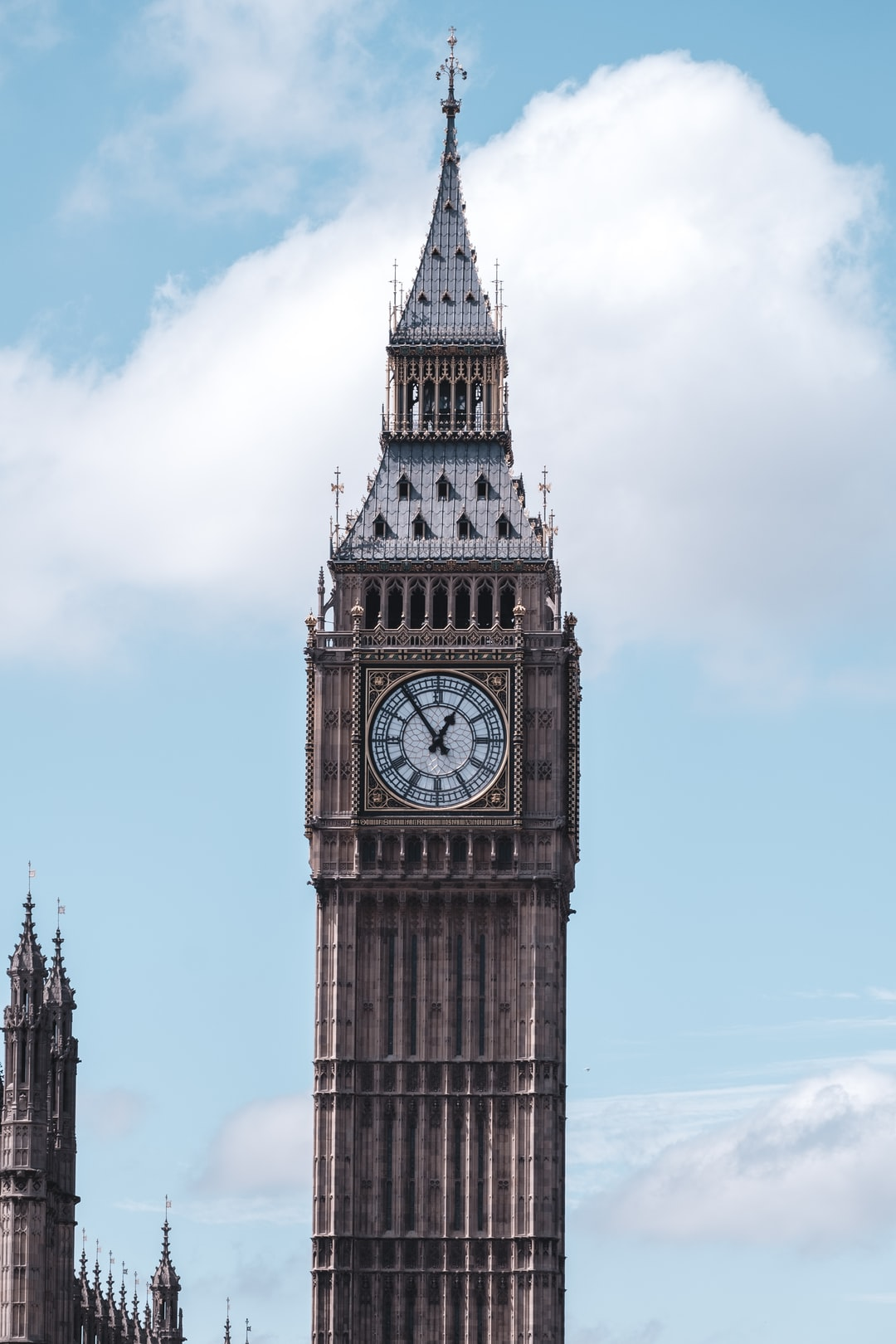 12:45 in London town