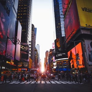 Manhattanhenge on Times Square