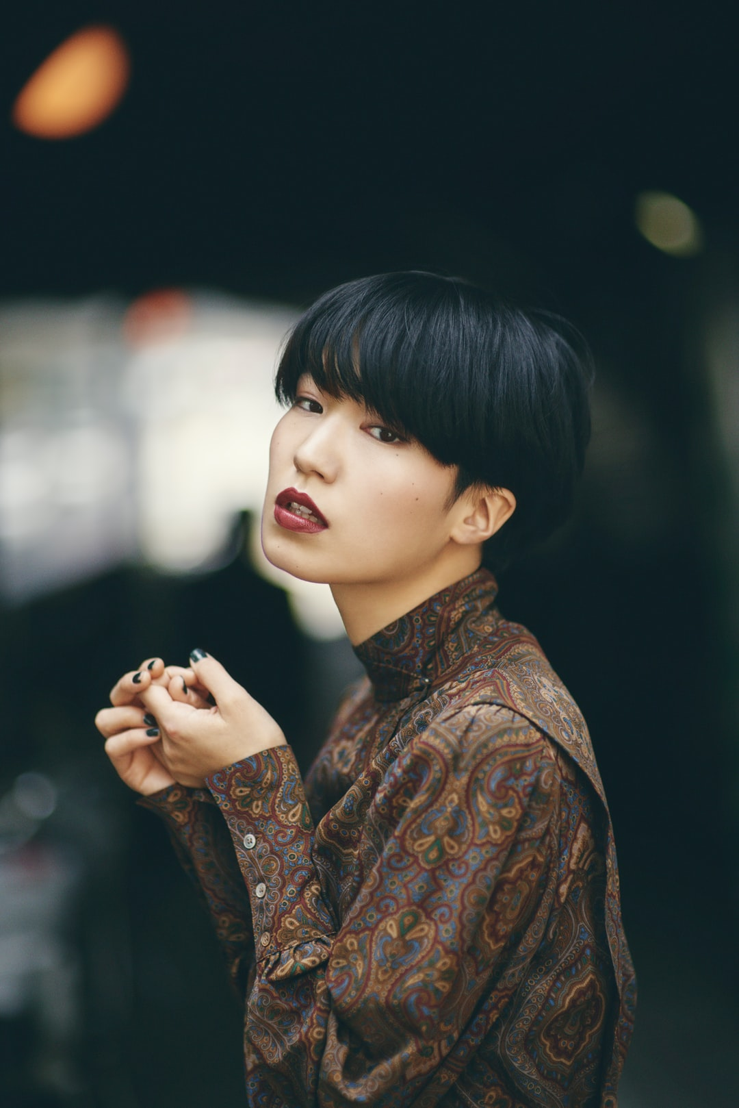 free hair style video 20 best free asian pictures on unsplash 7615 | photo 1496492299670 7615d3c37267?ixlib=rb 0.3