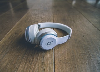 white Beats by Dr. Dre wireless headphones