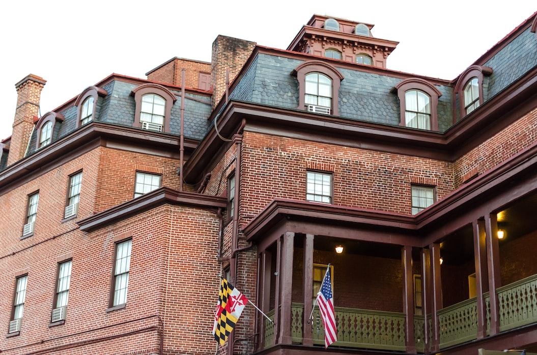 A click in Annapolis