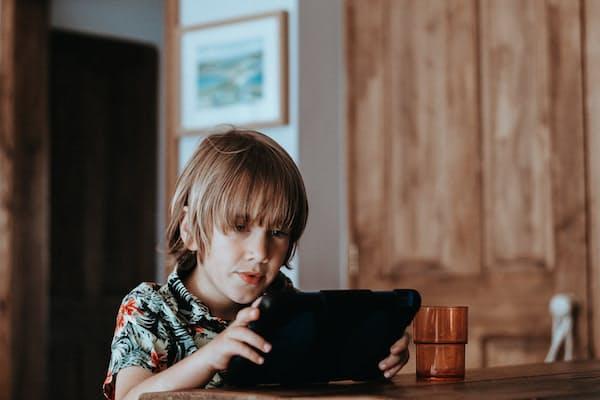 אילמות סלקטיבית (Selective Mutism) - מה מספר הילד האילם ואיך להקשיב לו