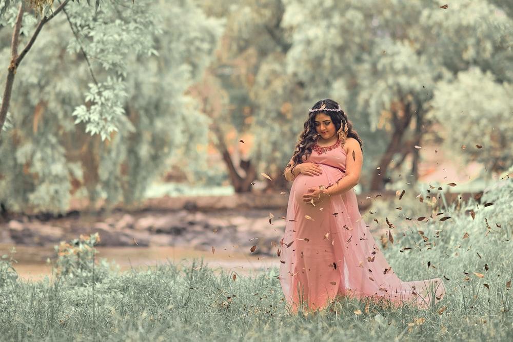 Conoce las diferentes tradiciones culturales en el mundo después de que una mujer da a luz