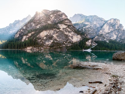 Turismo alpino e Covid: la montagna è pronta a convivere con virus?